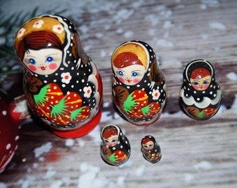 Nesting dolls Wooden toys Matryoshka doll Babushka toys Ethnic Doll Original painting Ukraine matreshka Home Decor Gift for kids