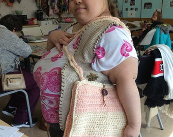 Croched messanger bag