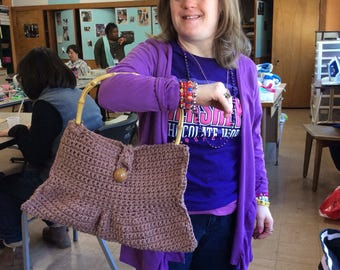 Croched hand bag