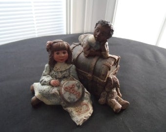 "Vintage 1992 1993 Signed, Numbered,Sarah's Attic Figurine,African American, Ethnic, Boy, Girl Trunk, ""Love""  753"