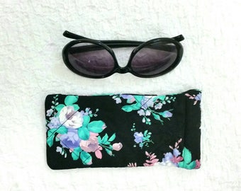 Sunglasses case, sunglasses pouch, floral sunglasses case, glasses case, glasses pouch, floral handbag accessories, quilted glasses case