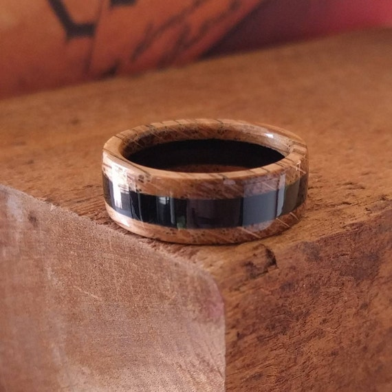 Whiskey barrel Wood Ring - Reclaimed Wood Wooden Wedding Ring Wooden Rings for Men  Woman's ring Engagement Ring Wood Anniversary