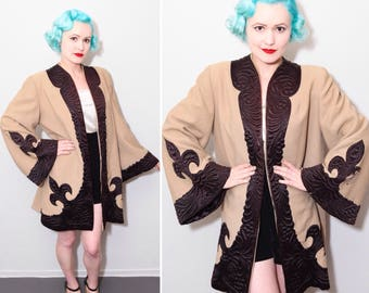 1930's Tan Wool & Chocolate Brown Satin Fleur De Lis Swing Coat | Bell Sleeves | Shoulder Pads | Size Medium