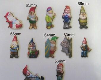GARDEN GNOMES.  A pack of 12 X little fellows