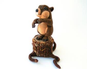 Needle felted groundhog, Needle felted animal, Marmot, Woodchuck, Groundhog day, Needle felt, Home decor, Felted animal, Wool animals, Felt