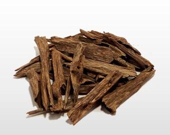 Oud chips Hindi Grade C+ - Natural agarwood incense from India