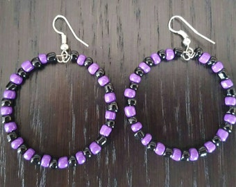 Purple and black seed bead circular earrings