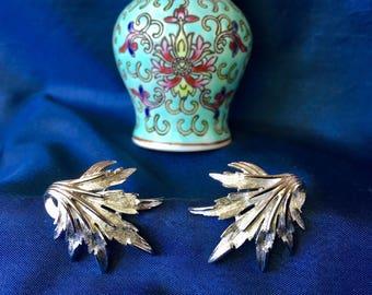 Crown Trifari Signed Vintage Silver Tone Clip Earrings, Crown Trifari Silver Leaf Earrings, Vintage Crown Trifari Earrings