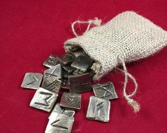 Rune Casting (stones)