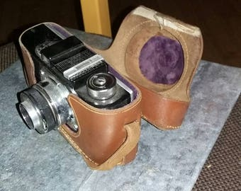 Vintage Argus Anastigmat camera and leather case FREE SHIPPING