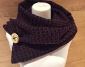 Foulard noir à motifs mauve et brun