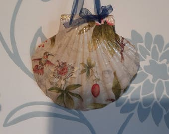 Shabby Chic Decoupage Scallop Shell