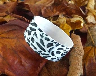 77cf5bcc2910 Leopard print jewelry - Animal print jewelry - Polymer clay bangle - Snow  leopard - Fashion jewelry - Cheetah bracelet - Everyday bracelet