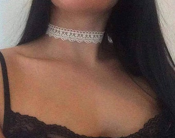 White Lace Choker necklace jewelry