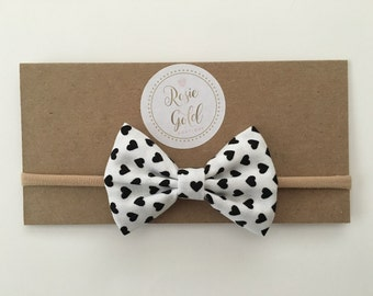 Large Bow: White with black hearts