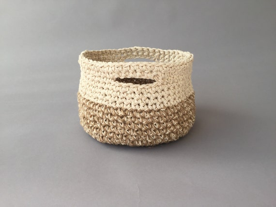 Crochet jute cotton round basket/handmade
