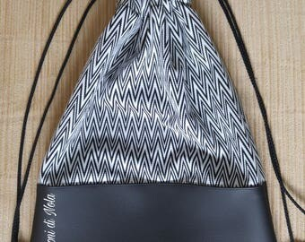 Zaino Sacca in stoffa bianco e nero rigato e vil pelle - (Backpack bag black and white striped fabric and vil skin)