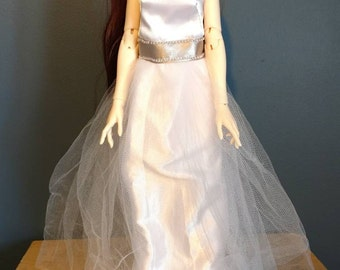 White satin and tulle evening gown MSD