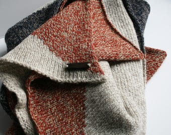 Cosy Geometric Scarf - Navy/Red/Grey