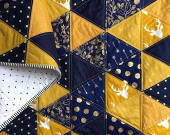 Triangle Quilt, Modern Quilt, Modern Baby Quilt, Baby Blanket, Lap Quilt