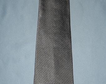 Authentic vintage Salvatore Ferragamo tie ! Silk !