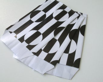 10 covers Kraft gift bags 7 cm * 12 cm black and white