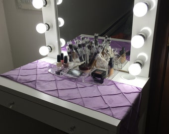 Hollywood Vanity and Mirror.