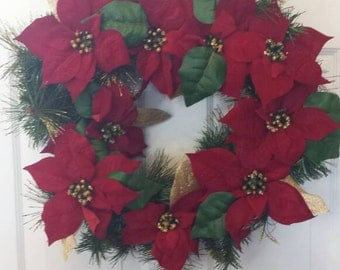 Christmas wreath / holiday wreath / front door wreath / door wreath / poinsettias wreath / light up wreath