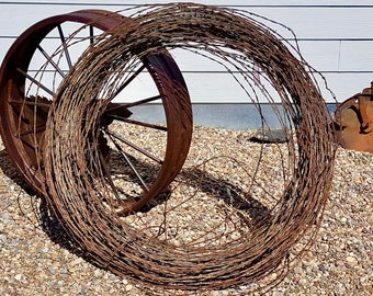 Rusty Barbed Wire Fencing 21 Feet Great For Barb Wire Art & Barbed Wire Design 7 yards