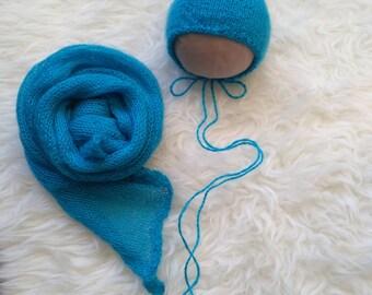Wrap and  cap-gnome for a photo shoot newborns