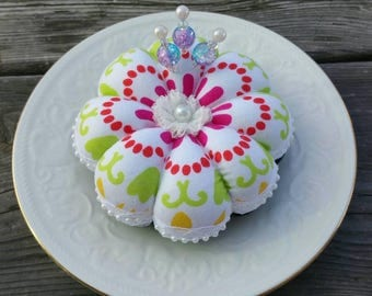 Pin Cushion, Flower Pin Cushion, Flower Pincushion, Flower Pin Cushions, Sewing Gift, Quilting Gift, Pin Cushions, Pincushion, Pincushions