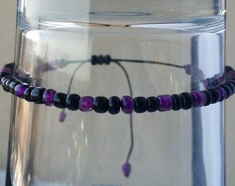 Black and Purple Adjustable Seed Bead Bracelet, Pura Vida Bracelet Style