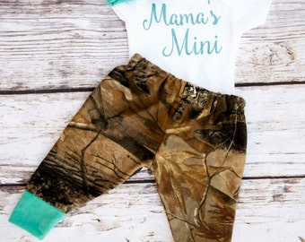 baby girl camo outfit,camo coming home outfit,newborn girl camo outfit,mini me outfit,camo mini me outfit,camo baby onesie,newborn girl camo