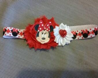 Minnie Mouse baby headband on elastic