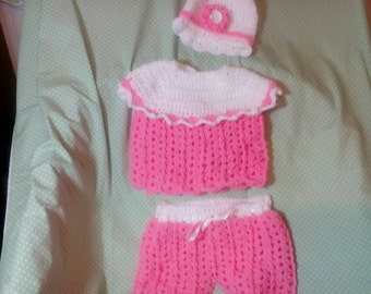 Baby girl crochet outfit.