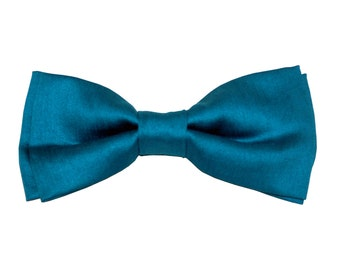 Hawaï Bowtie - J&T Bowties With Attitude - men bow tie turquoise for ceremony, wedding, groomsman, groom, guest. Pre tied and ajustable