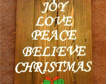 Handmade Reclaimed Pallet Sign Merry And Bright Christmas Theme Medium Oak Stain Hand Painted