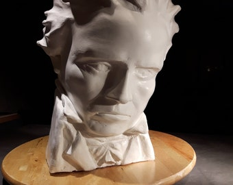 The 5th (Beethoven bust)