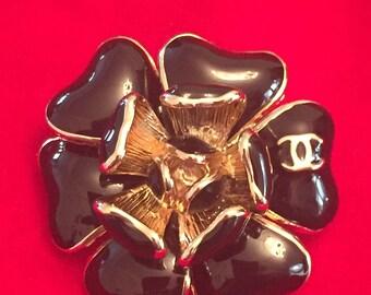 CHANEL CC Vintage Chamelion Flower Brooch