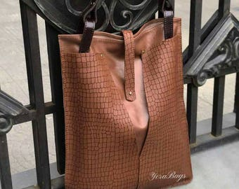 Handmade Designer Handbag/ Modern Ladies Purse / Tote Bag Genuine Leather/