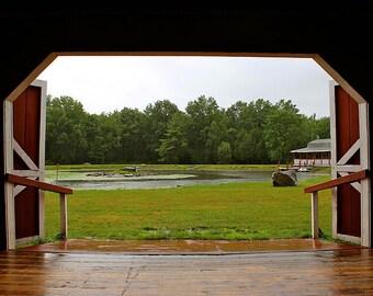 The Barn (Photograph)