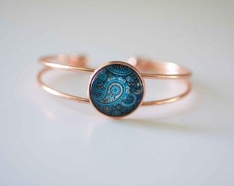 Rose Gold Plated Bangle, Rose gold bracelet, blue paisley glass cabochon