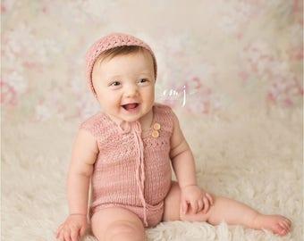 Sam Sitter Romper and Bonnet Knitting Pattern, Knit Sitter Prop Pattern, PDF, Sitter romper, sitter bonnet, knit photography prop pattern
