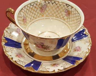 Bone China Teacup and Saucer Vintage Wintering Bavaria Blue and Gold