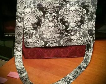 Large 14x18 Messenger Bag Skull Damask