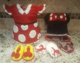 Minnie Mouse inspired crochet outfit