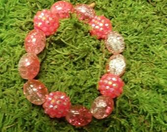Sparkling pink glass bead bracelet