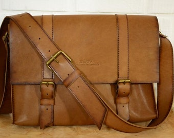 MESSENGER BAG- leather messenger,  leather messenger bag man.  Leather bag for men . man leather messenger bag. leather briefcase man .