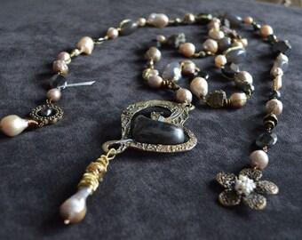 Peanut Pearls Necklace