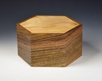 Keepsake box - Ovangkol and Maple